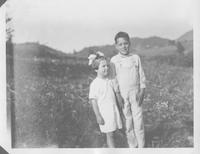 Evelyn and Rellie Ogle