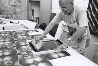 "Ed Lambert screen printing a Steve Loar commerative Kudzu Kimono during ""Doin' it with Dye and Pigment"" June 23-July 4 1997"