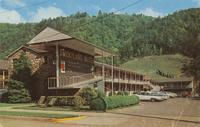 "Smokyland Motel Gatlinburg, Tennessee ""At the entrance to the Great Smokies"""