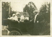 Morris, Ramer, Wilkes, Puckett in a car