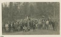 Club Leaving Cars for Mt. Nebo Jan 12-1930 (image number 406)
