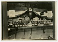 [Tomato Club Exhibit at the 1912 Tennessee State Fair]